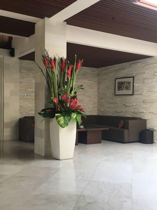 Lobby Griya Santrian Beach Resort & Spa