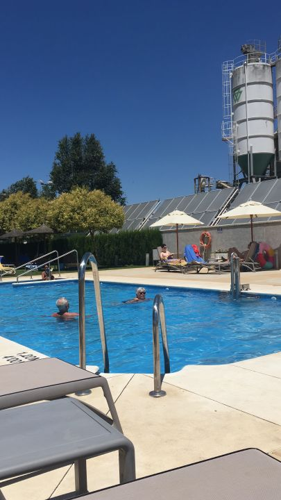 Pool Hilton Garden Inn Sevilla