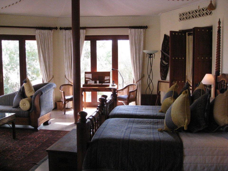 2. Schlafzimmer Emirates Suite Al Maha Desert Resort & Spa