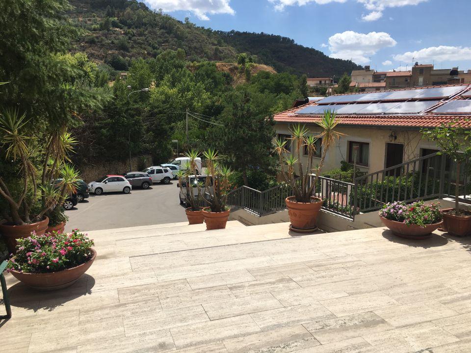 Lobby Hotel Pomara