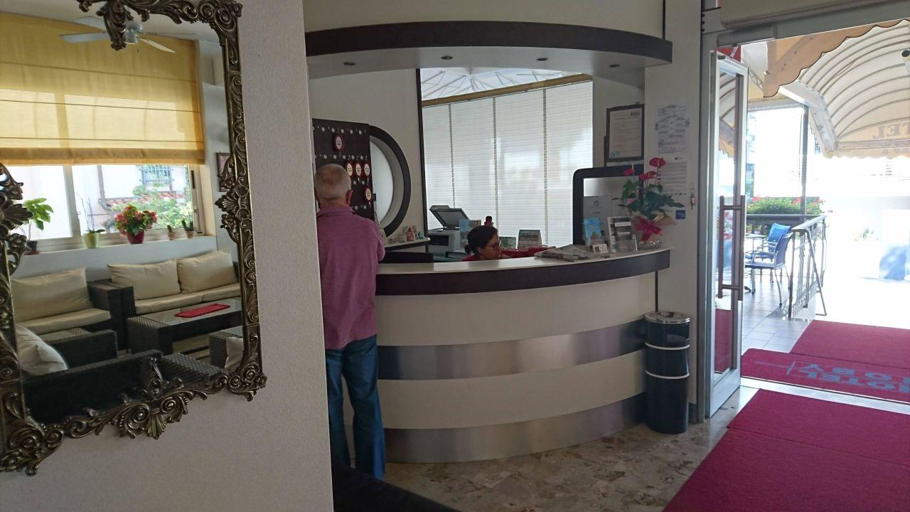 Rezension  Hotel Roby