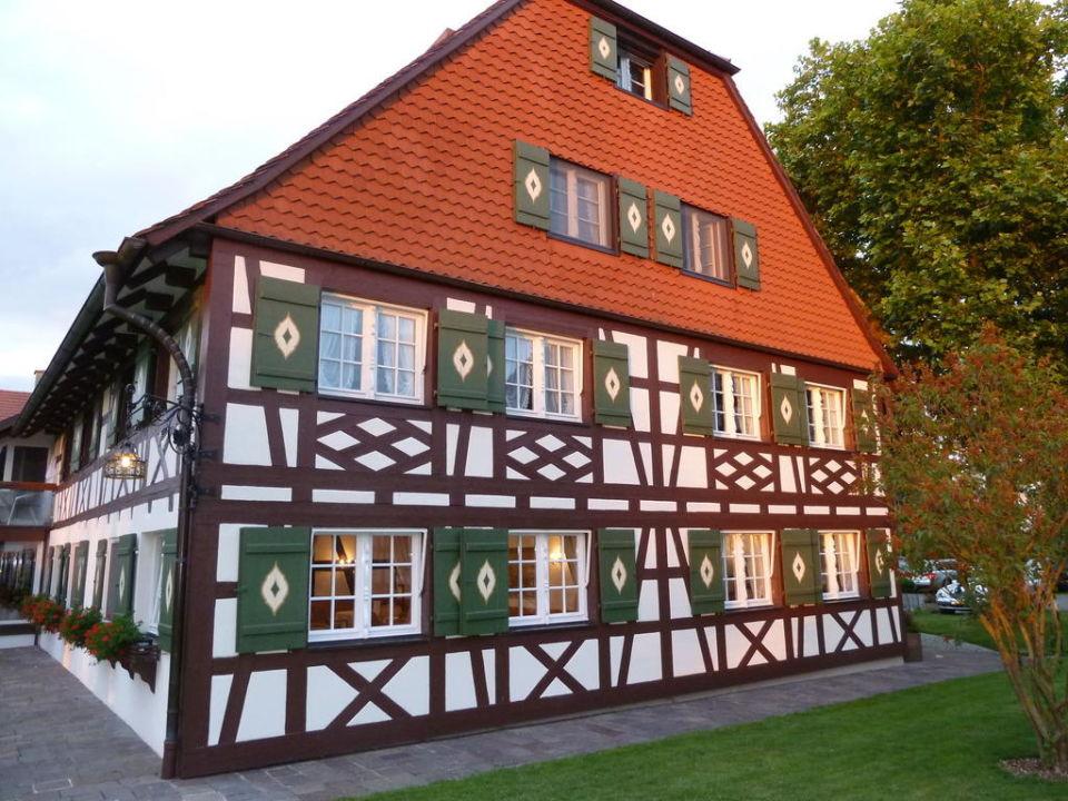 Haupthaus landhotel fischerhaus seefelden uhldingen for Fischerhaus seefelden