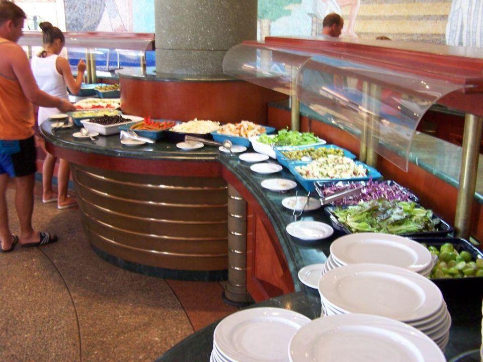 Buffet im Restaurant L'Opera Dreams Beach Resort