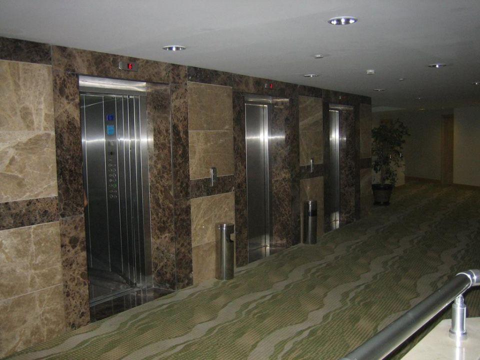 Fahrstühle Hotel Sherwood Breezes Resort