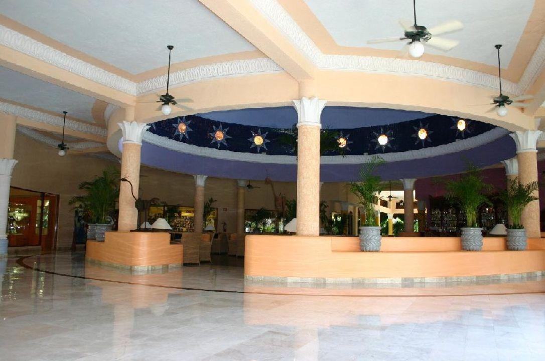 Lobby Iberostar Paraiso Del Mar IBEROSTAR Hotel Paraiso Beach