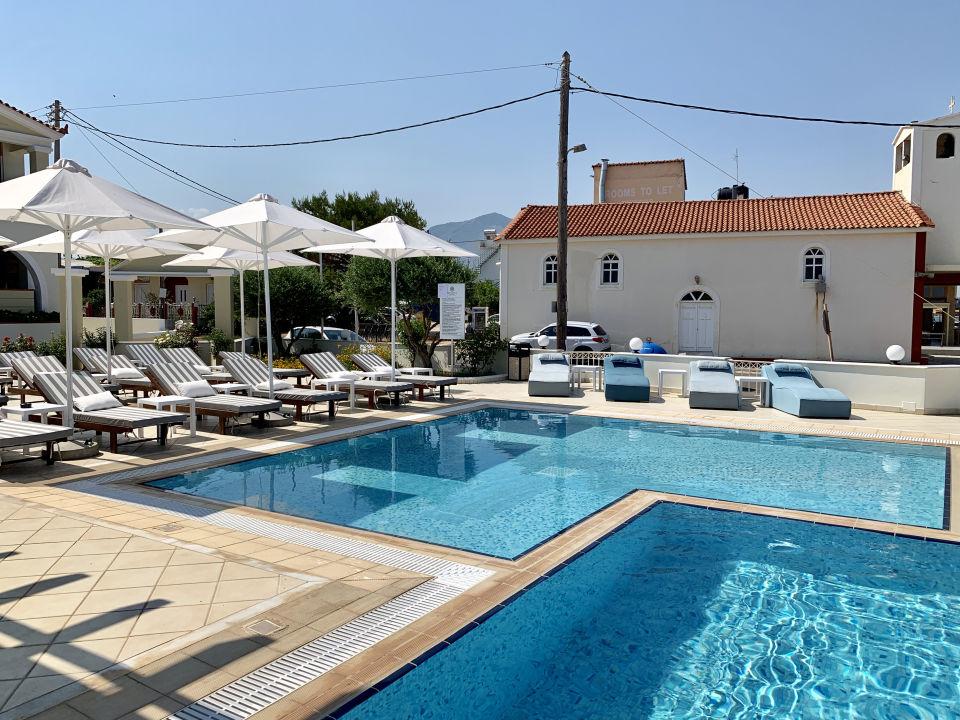 Pool Messina Resort