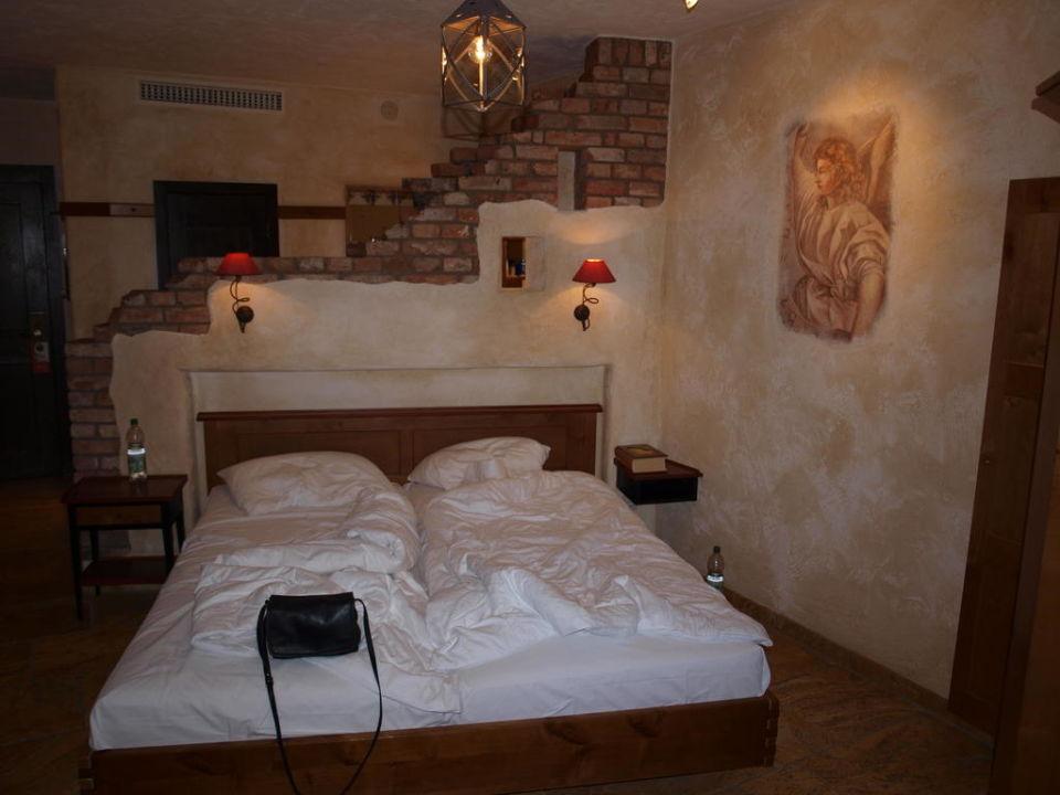 Großes Doppelbett Hotel Santa Isabel Europa-Park