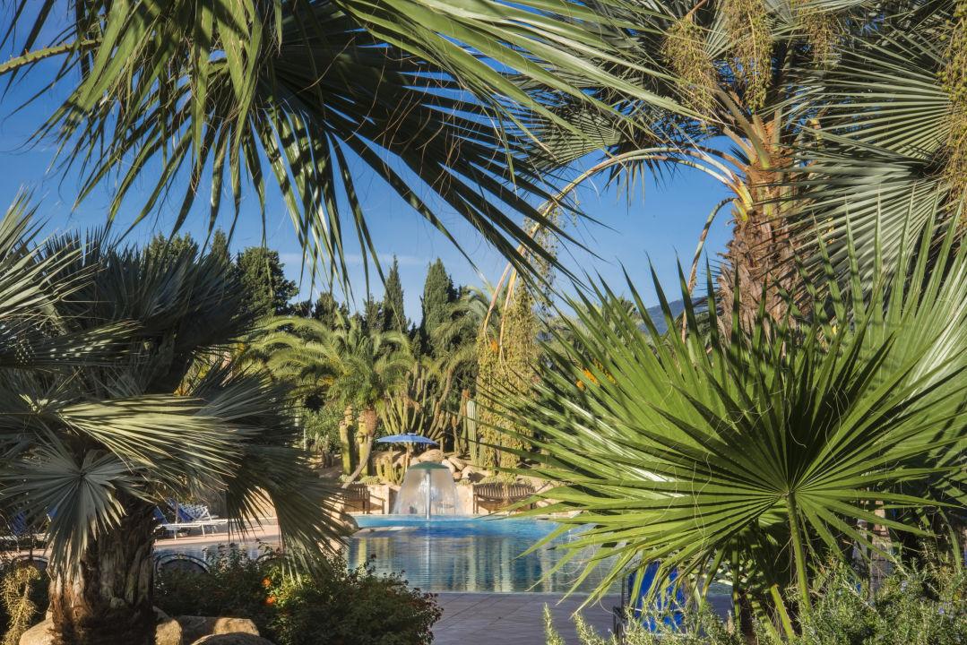 Pool Lantana Resort