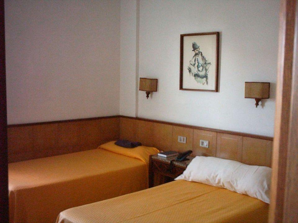 Zimmer 515 Hotel Principado