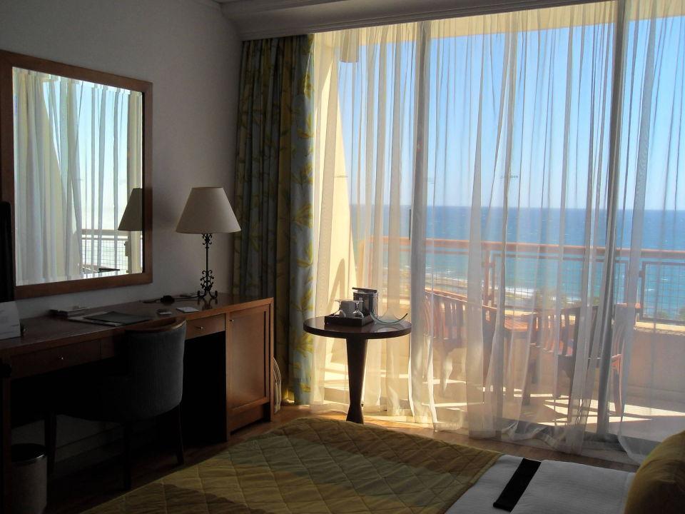 Hotel Le Meridien Limasol Spa & Resort Hotel Le Meridien Limasol Spa & Resort  (Vorgänger-Hotel – existiert nicht mehr)