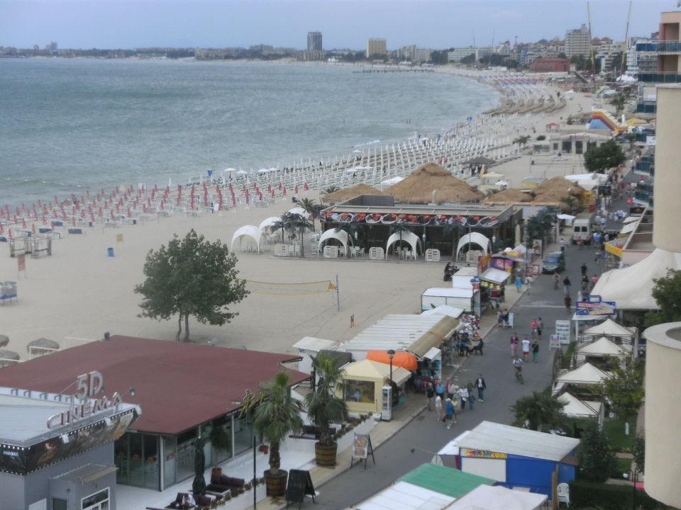 Promenade Richtung Partymeile Beach Hotel Bellevue Sonnenstrand