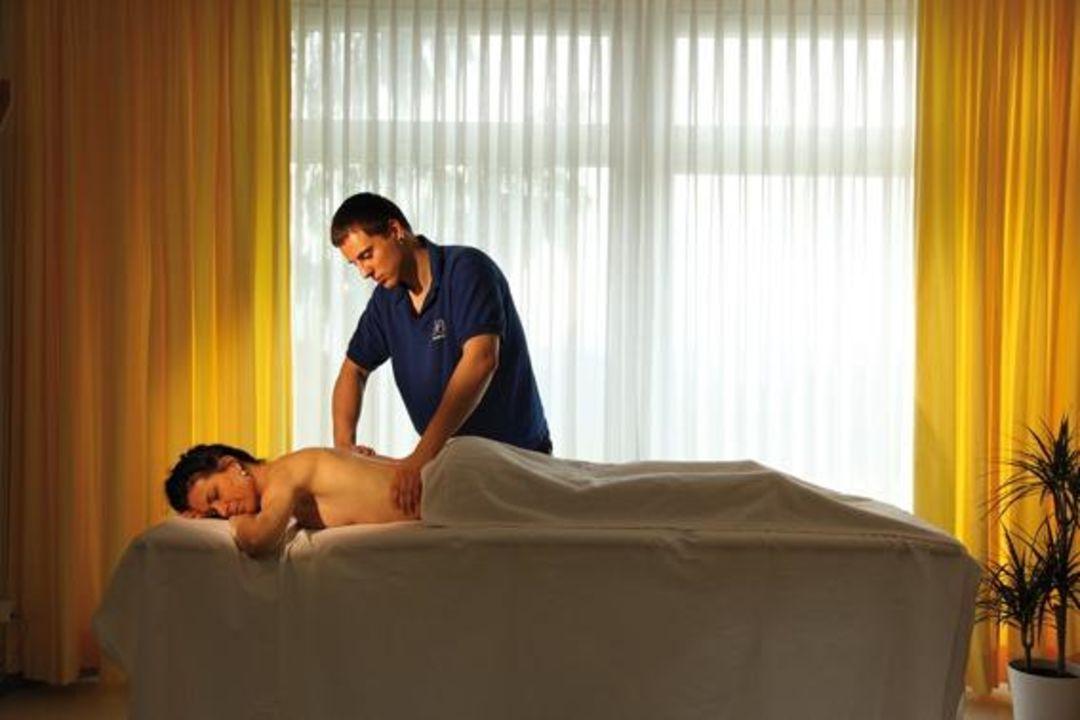 Einfach loslassen, Massagen nach Wahl Bad Ramsach Quellhotel