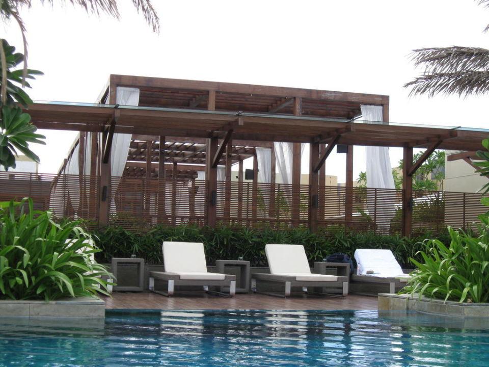 Pool Hotel Swissôtel Kolkata