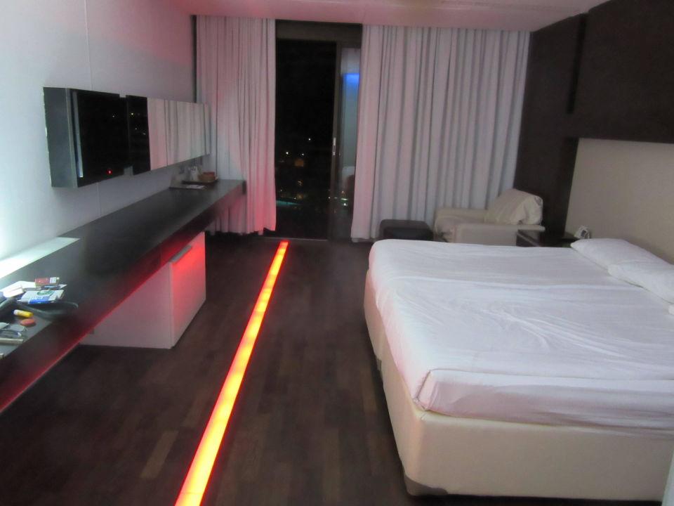 Zimmer Mit Fussboden Beleuchtung Hotel Kervansaray Lara Lara