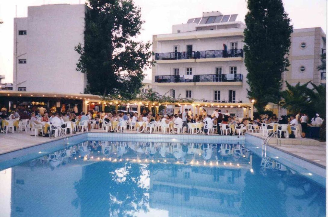Poolbar Heronissos Hotel