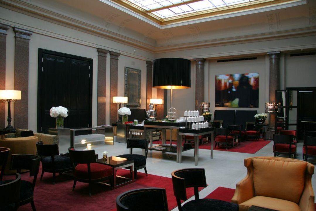 bild hotel de rome opera court zu hotel de rome in. Black Bedroom Furniture Sets. Home Design Ideas
