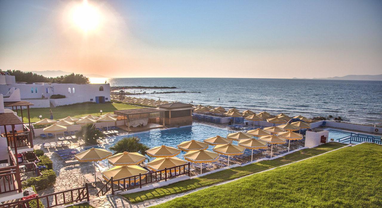 Zimmerausblick meerblick vom balkon mitsis rinela beach resort amp spa