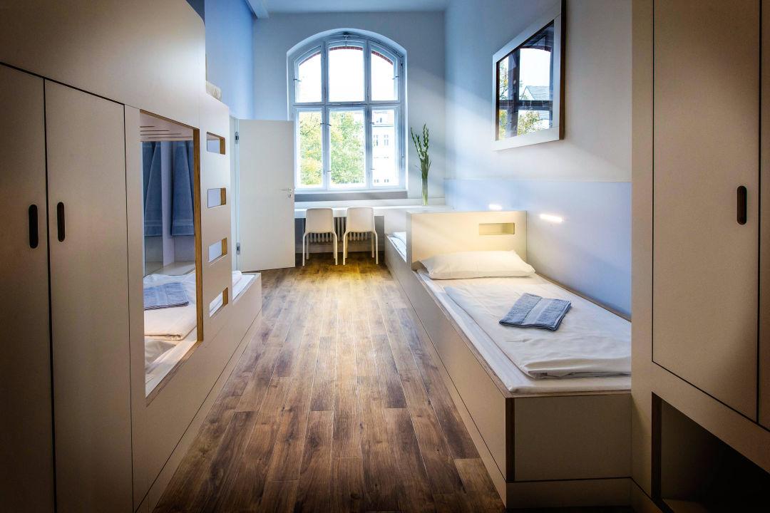 Zimmer der jugendherberge berlin ostkreuz jugendherberge for Zimmer berlin