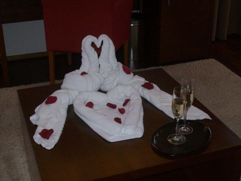 Ein Gläschen Sekt zum Empfang Hotel Christkindlwirt