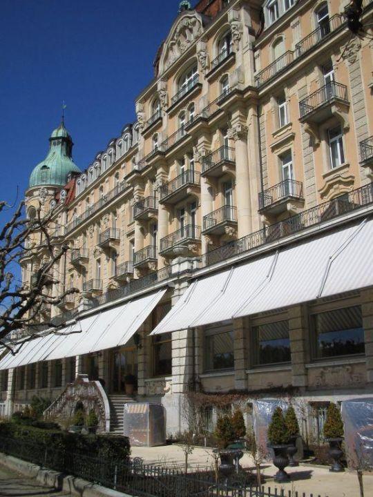 Außenansicht Hotel Palace Luzern