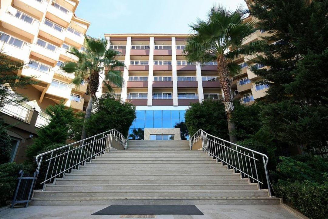 Treppe zum Hotel Hotel Terrace Beach Resort