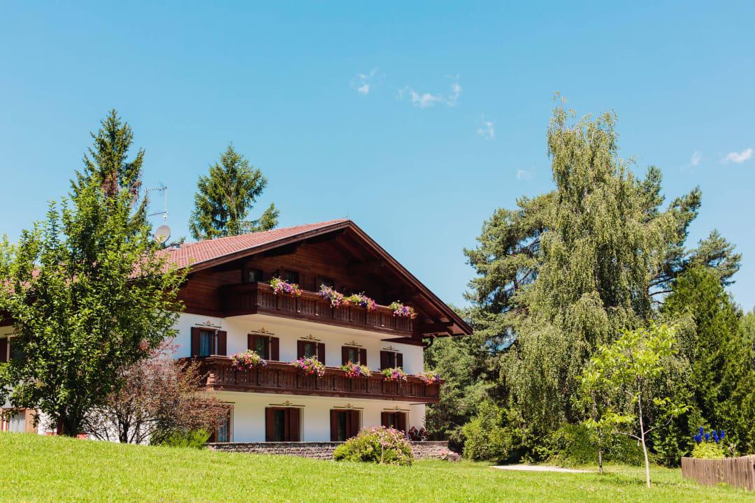Haus Seerose mit dem Waldsee unterirdisch verbunde Hotel Waldsee