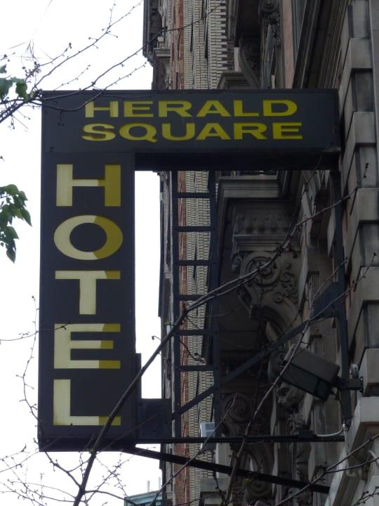 Hotelschild Herald Square Hotel