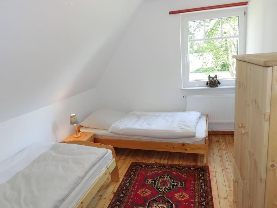 Schlafzimmer im OG Landhaus am Heidweg