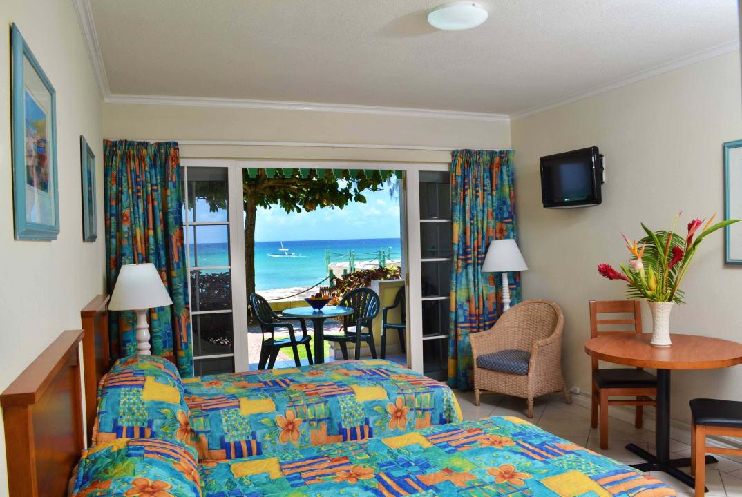 Deluxe Studio Coral Mist Beach Hotel