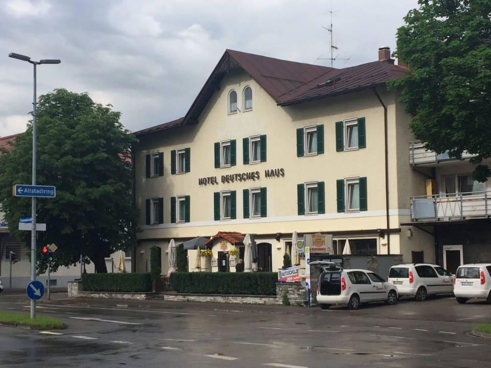 Blick vom Oberallgäuer Platz/Landratsamt Hotel Deutsches Haus / Anno 1898