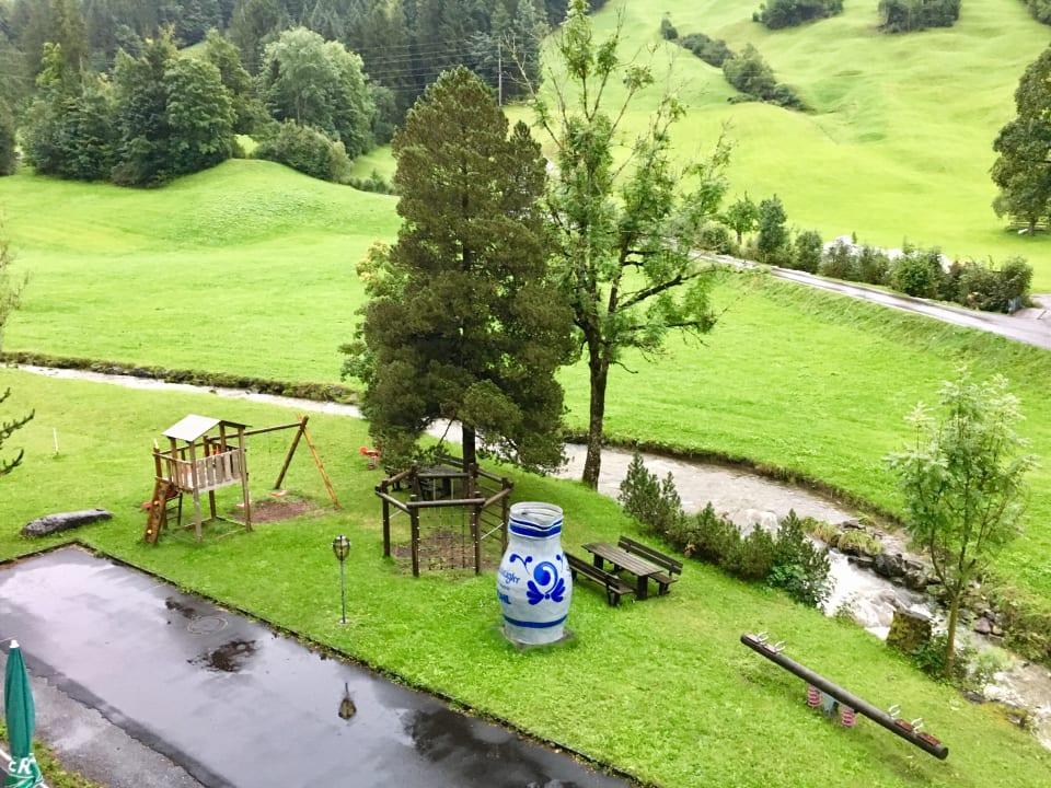 Gartenanlage Berg & Bett Säntis Lodge