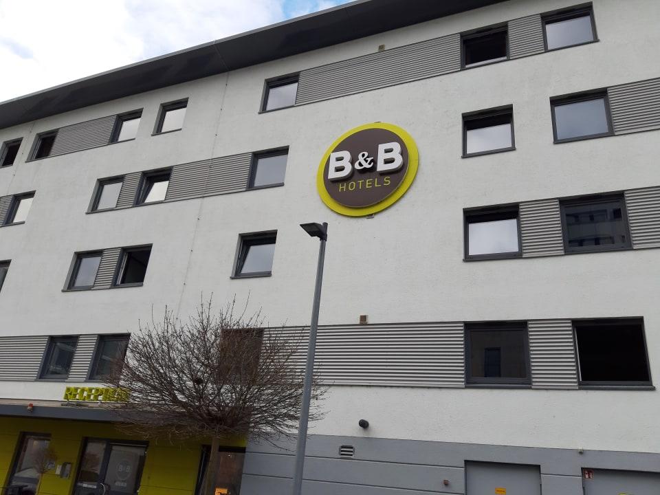 Außenansicht B&B Hotel Stuttgart-Vaihingen