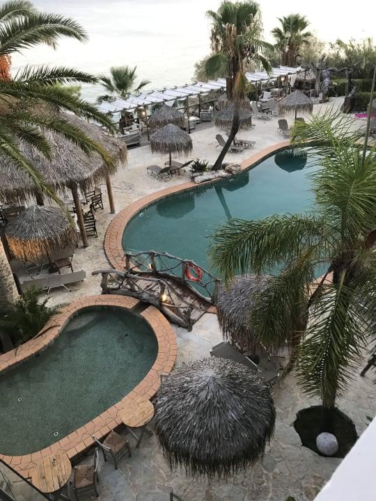 Ausblick Gloria Maris Hotel Suites and Villa