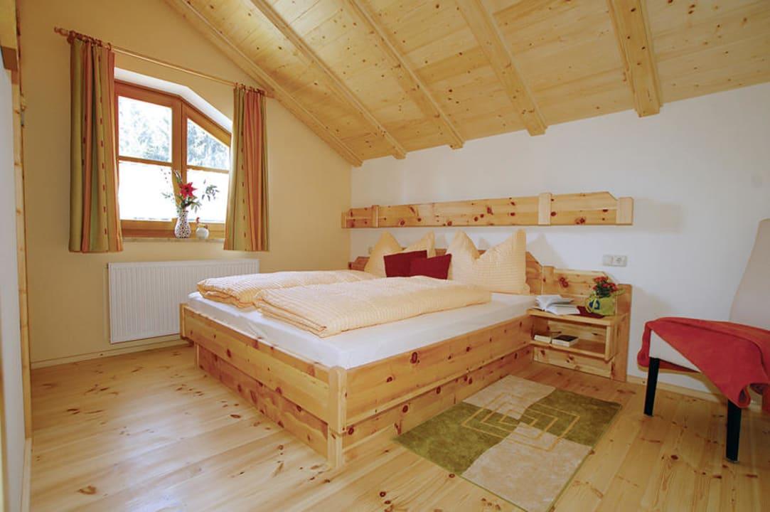 """""""Hochwertige Zirben Schlafzimmer"""" Ferienparadies Truppe Muschett Velden am Wörther See ..."""