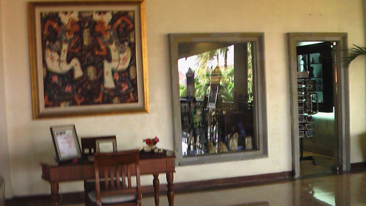 Souvenirladen/Wechselstube des Hotels Camakila Tanjung Benoa (geschlossen)