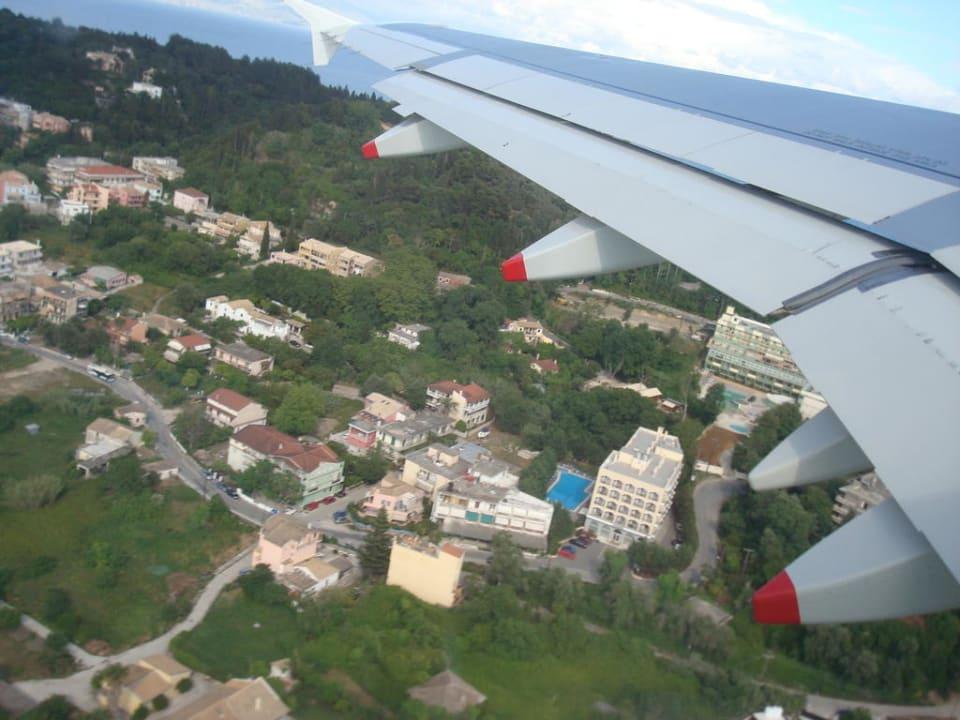 Bild aus der Luft CNic Hellinis Hotel
