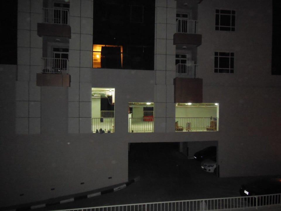 Ausblick aus Zimmer 206 Grandeur Hotel