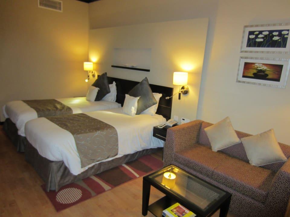 Bett Grandeur Hotel