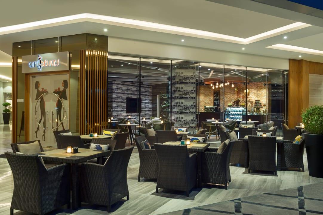 Gastro Gulf Court Hotel Business Bay, WorldHotels Collection
