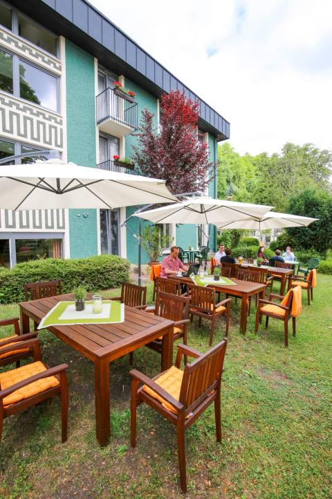 Gartenanlage Hotel Hirsch