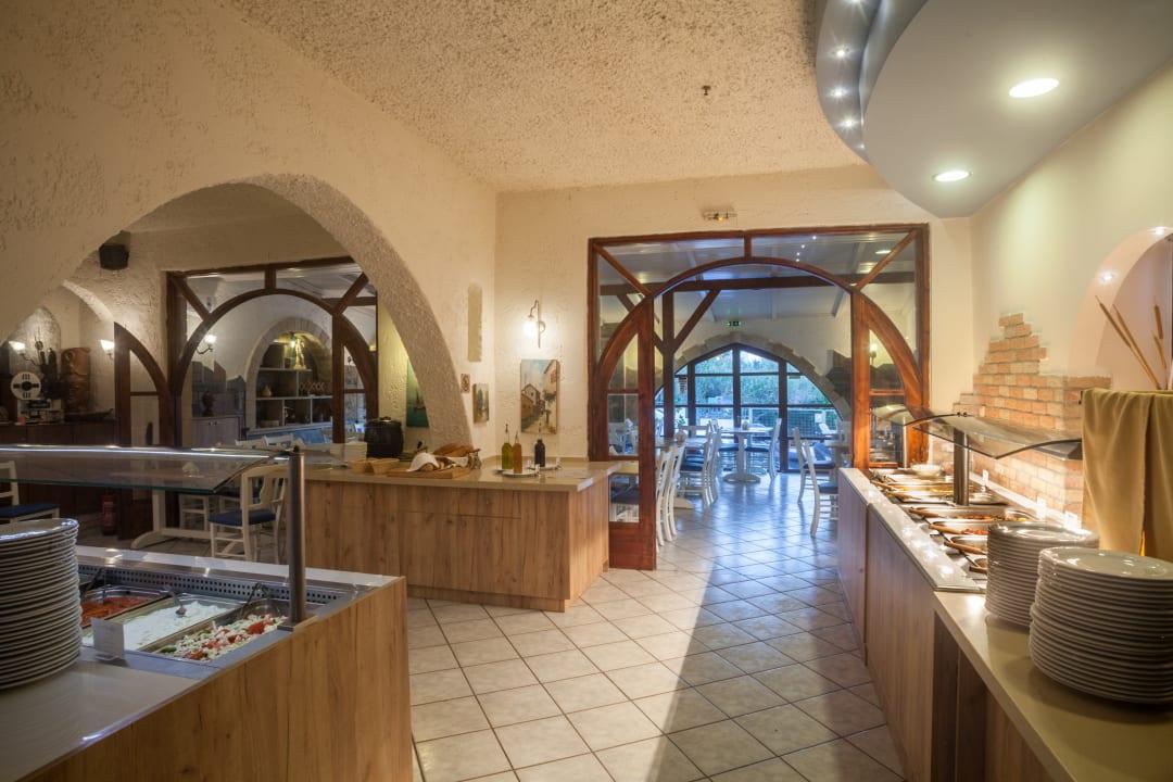 Gastro EVINA Rooms & Suites