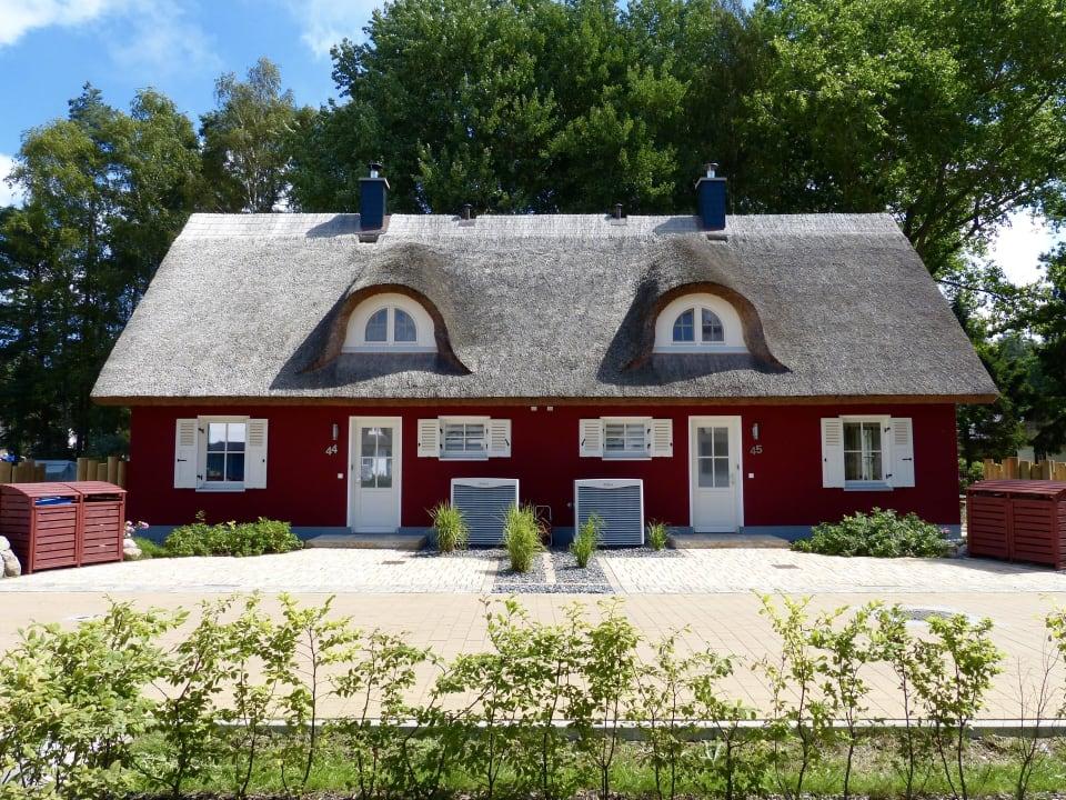 Das Doppelhaus mit beiden Ferienhäusern Holiday Homes Greta & Stella Glowe