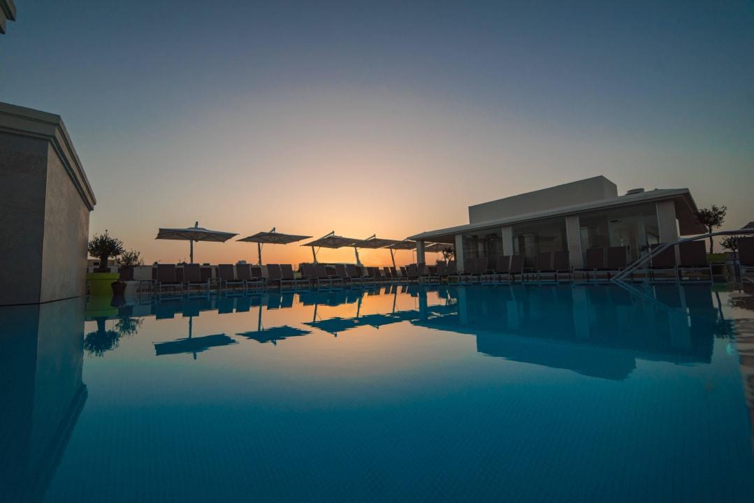 Rooftop pool Maritim Antonine Hotel & Spa Malta