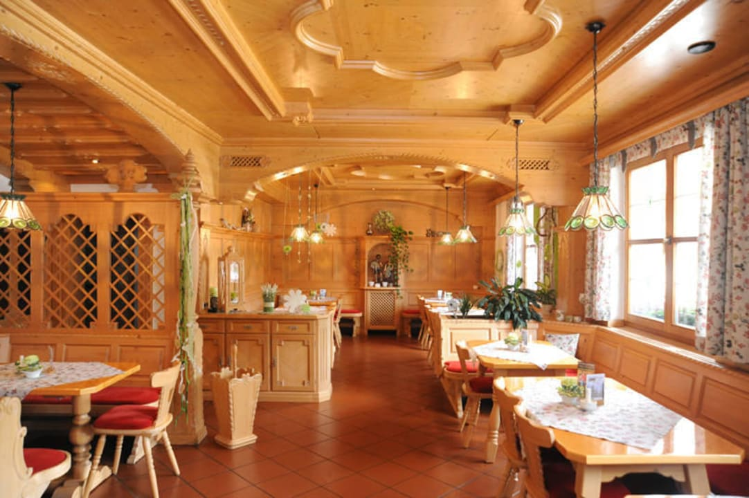 Restaurant Pension und Ferienwohnungen Zum Rechen
