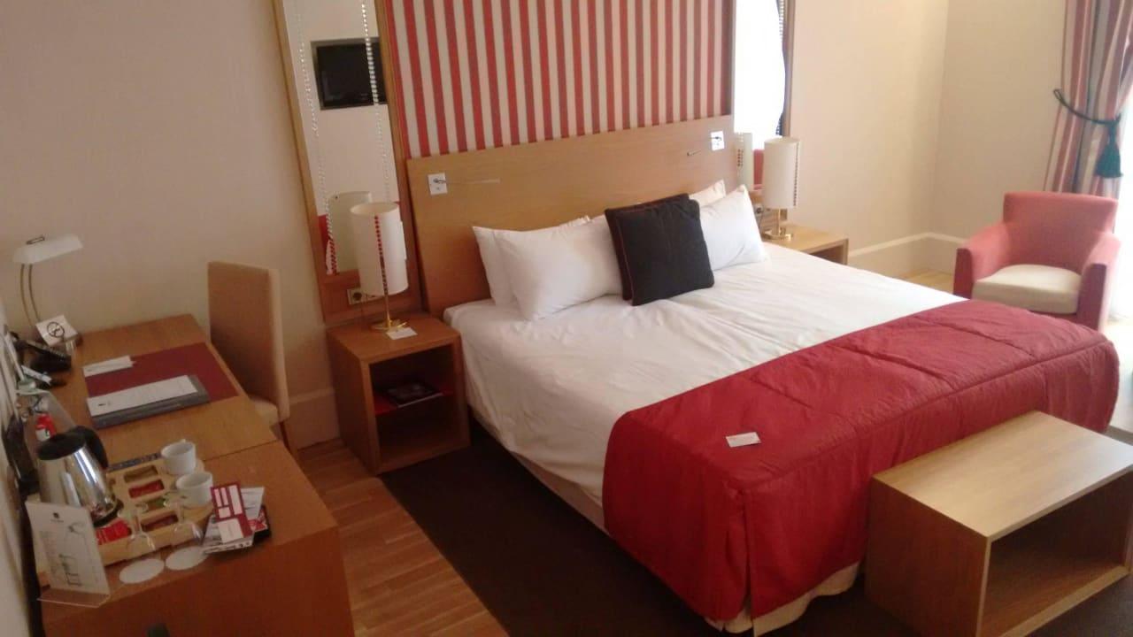 Zimmer mit Schreibtisch Mamaison Hotel Riverside Prague
