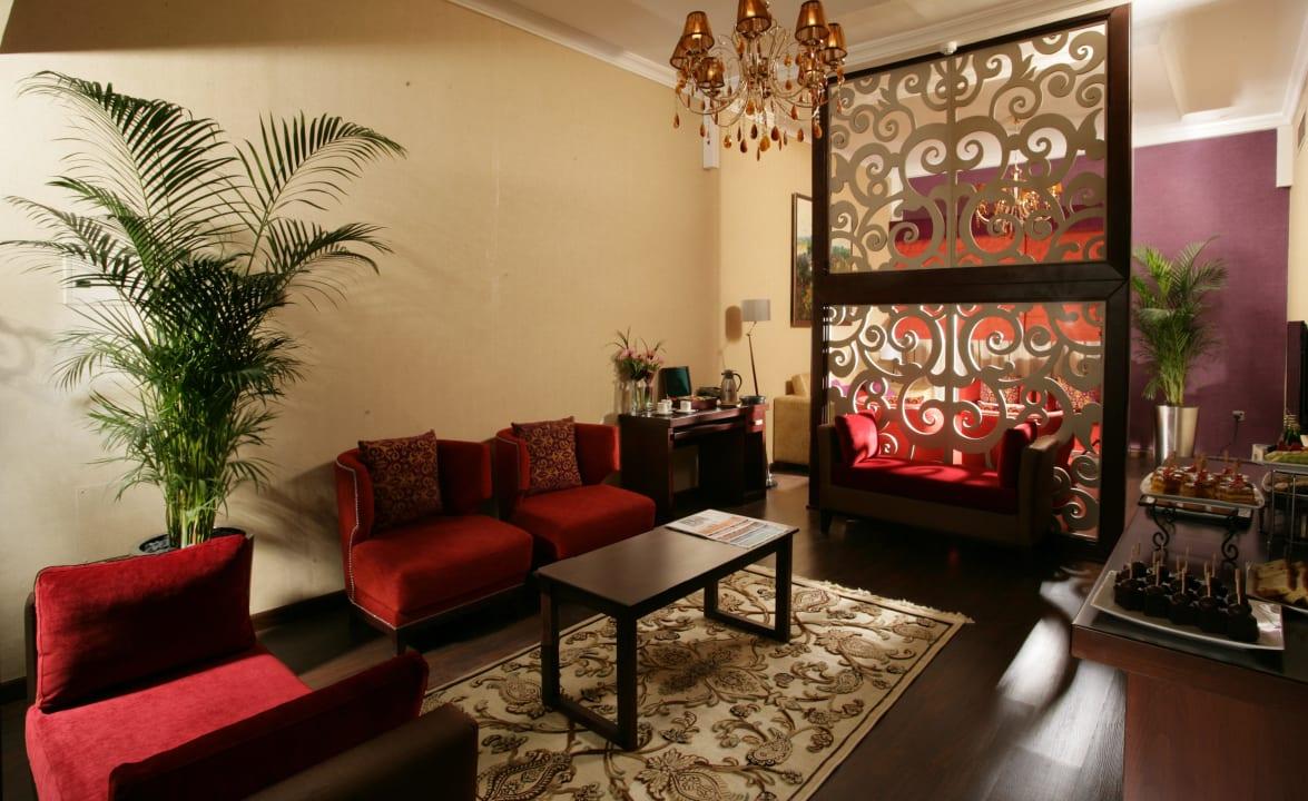 Executive Lounge Ramada Hotel & Suites by Wyndham Ajman