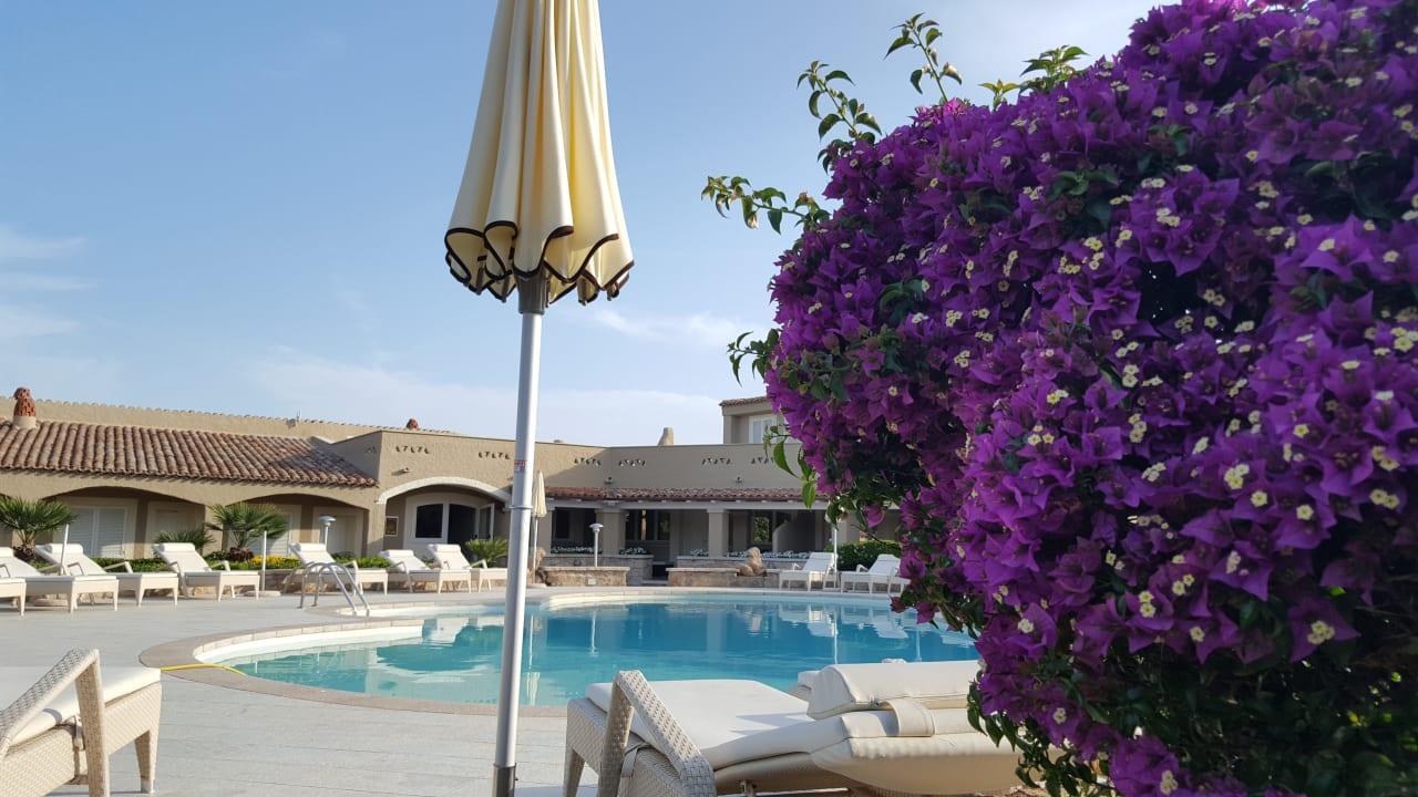 Pool Hotel Nibaru