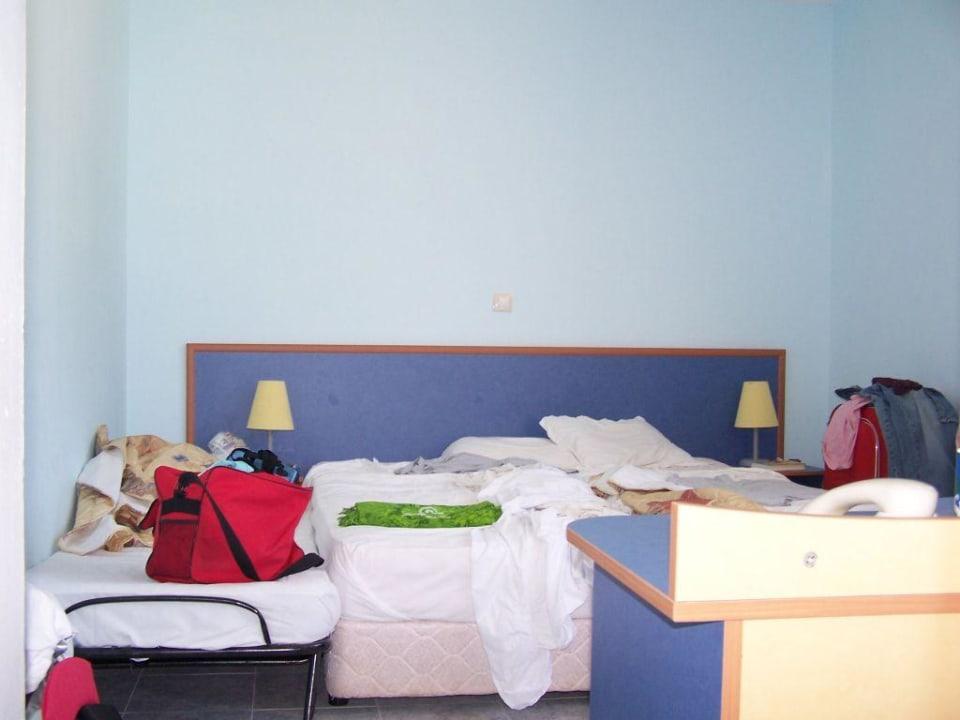 Super Mini Zimmer - unsauber Hotel Russalka