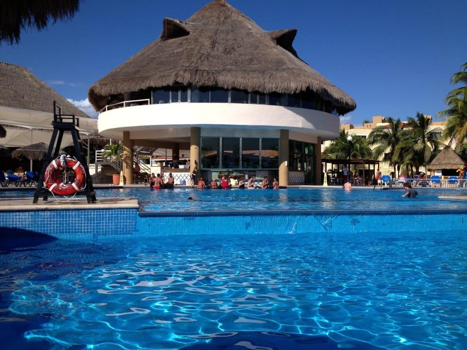 Pool Viva Wyndham Maya