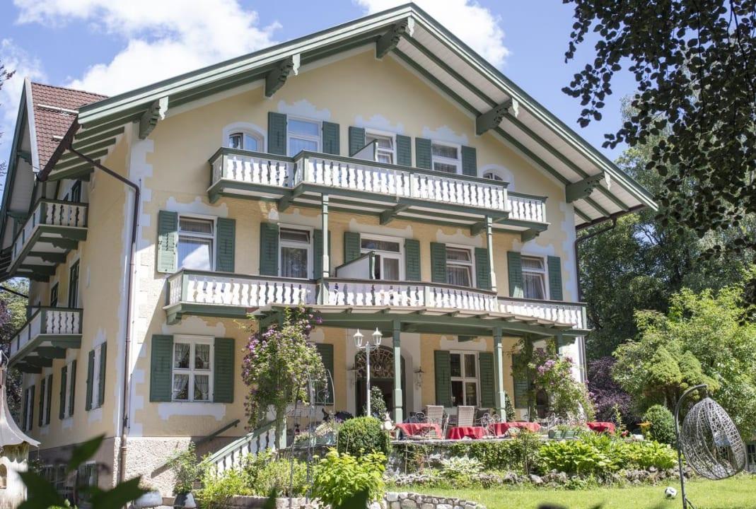 Außenansicht Villa Adolphine